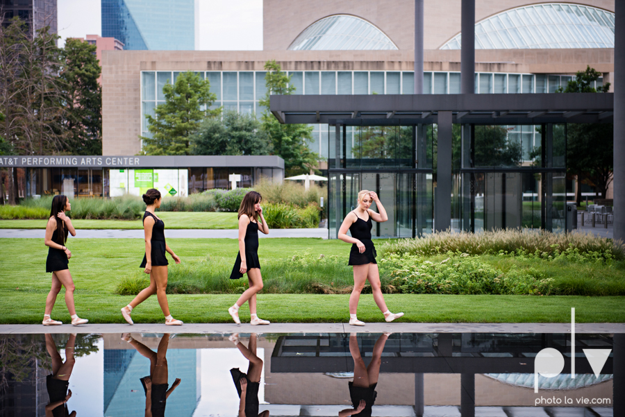 ballet dancers pointe shoes dallas arts district texas dfw tutu modern architecture Sarah Whittaker Photo La Vie-5.JPG