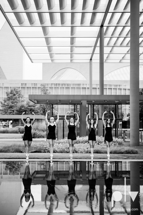 ballet dancers pointe shoes dallas arts district texas dfw tutu modern architecture Sarah Whittaker Photo La Vie-7.JPG