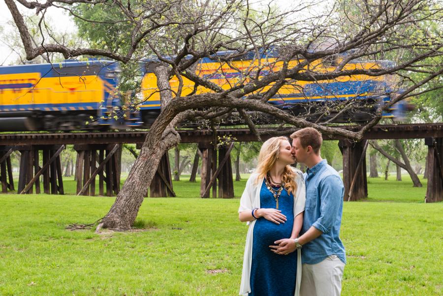 Photo La Vie Sarah Whittaker maternity photographer photography family DFW Dallas Fort Worth Trinity Park train summer field tree baby boy blue-3.JPG