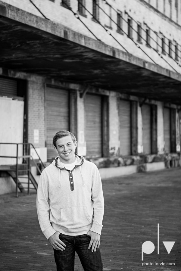 Andrew high school football player senior photos pictures downtown Fort Worth Trinity Park fall winter session sweater boy guy model Sarah Whittaker Photo La Vie-9.JPG