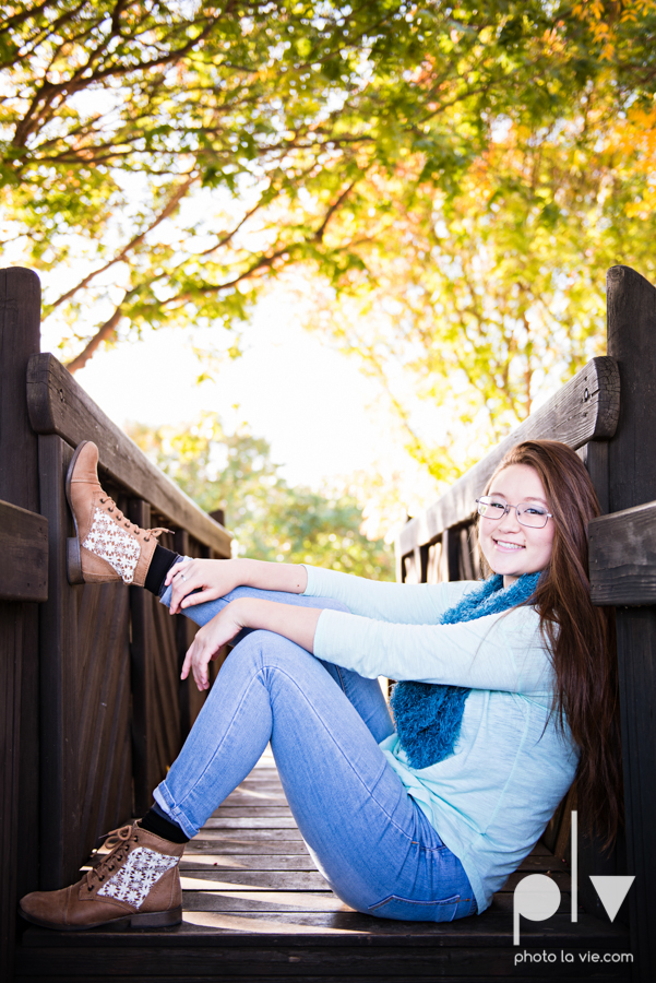 Belle senior session photos dfw Dallas park DBU campus fall winter autumn girl blue Sarah Whittaker Photo La Vie-1.JPG
