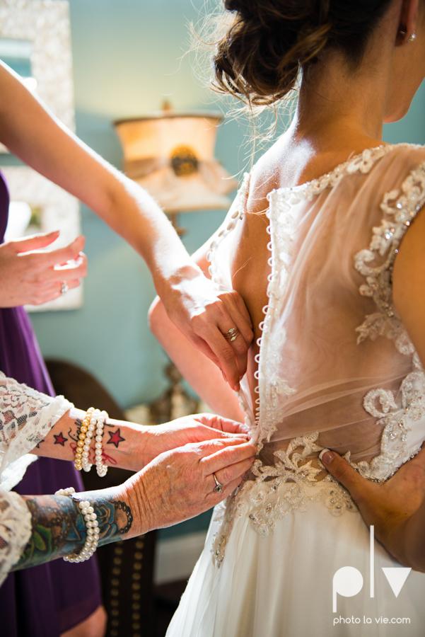 Lena Scott TheNewlywedNeills DFW Dallas Fort Worth Wedding Fall Thanksgiving lace purple Sarah Whittaker Photo La Vie-6.JPG