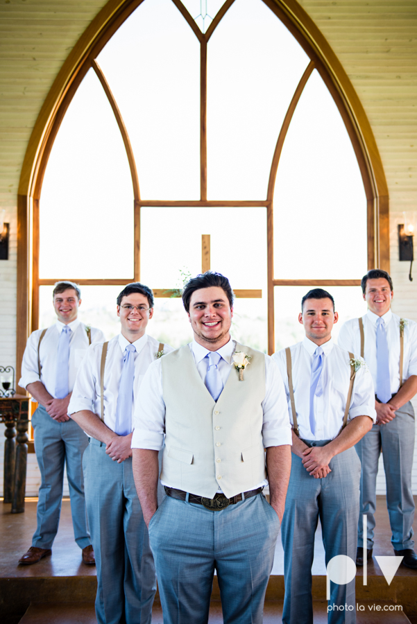 demi keith wedding married the brooks at weatherford texas dfw lace outdoor cow spring summer Sarah Whittaker Photo La Vie-17.JPG