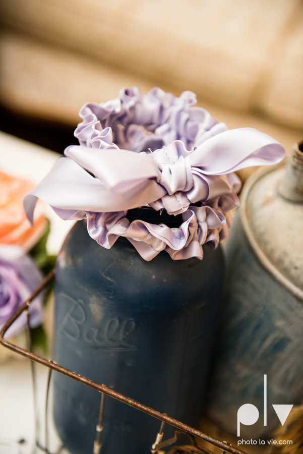 demi keith wedding married the brooks at weatherford texas dfw lace outdoor cow spring summer Sarah Whittaker Photo La Vie-28.JPG