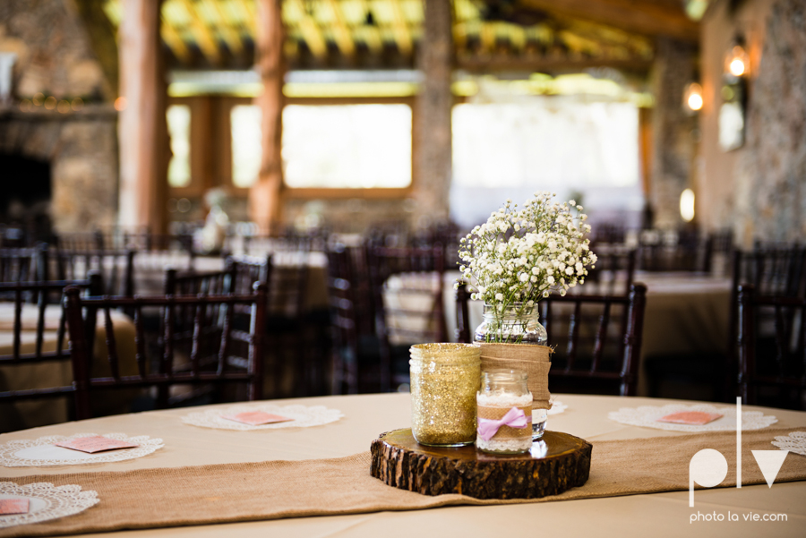 demi keith wedding married the brooks at weatherford texas dfw lace outdoor cow spring summer Sarah Whittaker Photo La Vie-39.JPG
