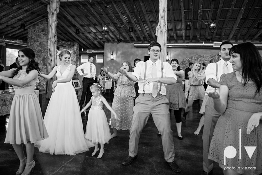 demi keith wedding married the brooks at weatherford texas dfw lace outdoor cow spring summer Sarah Whittaker Photo La Vie-67.JPG