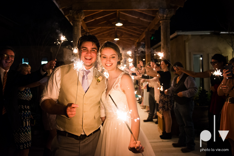 demi keith wedding married the brooks at weatherford texas dfw lace outdoor cow spring summer Sarah Whittaker Photo La Vie-76.JPG