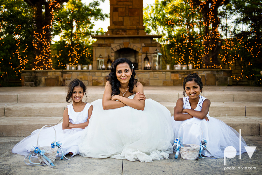 Debbie Trevor wedding ruthe jackson center dfw texas multicultural indian india traditional christian lights Sarah Whittaker Photo La Vie-23.JPG