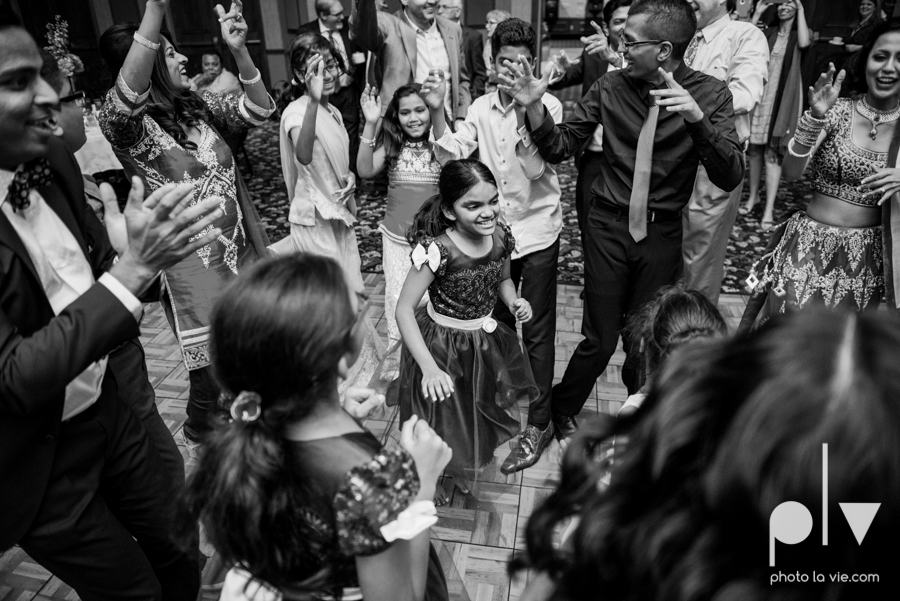 Debbie Trevor wedding ruthe jackson center dfw texas multicultural indian india traditional christian lights Sarah Whittaker Photo La Vie-37.JPG
