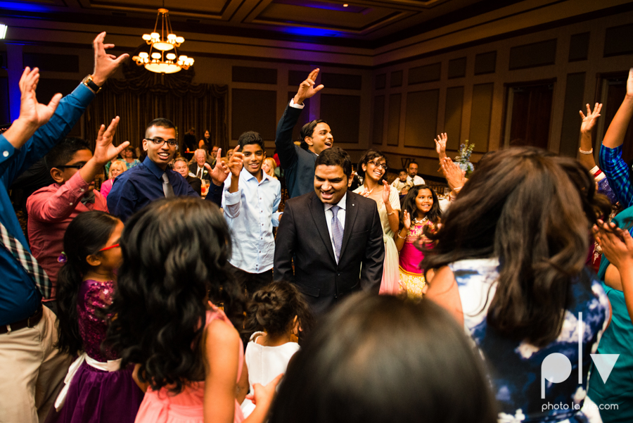 Debbie Trevor wedding ruthe jackson center dfw texas multicultural indian india traditional christian lights Sarah Whittaker Photo La Vie-38.JPG