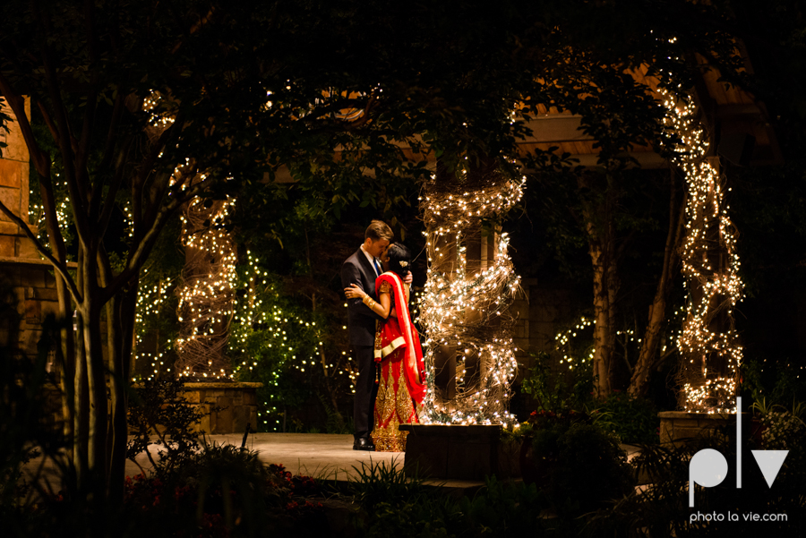Debbie Trevor wedding ruthe jackson center dfw texas multicultural indian india traditional christian lights Sarah Whittaker Photo La Vie-46.JPG