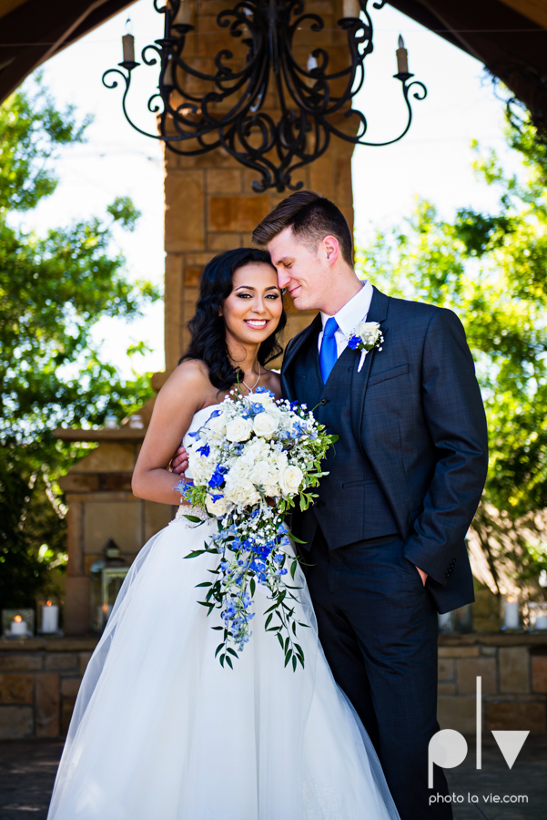 Debbie Trevor wedding ruthe jackson center dfw texas multicultural indian india traditional christian lights Sarah Whittaker Photo La Vie-52.JPG