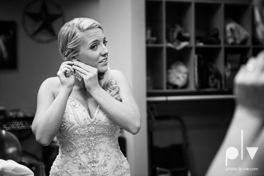 alyssa adam schroeder wedding mckinny cotton mill dfw texas outdoors summer wedding married pink dress vines walls blue lights Sarah Whittaker Photo La Vie-12.JPG