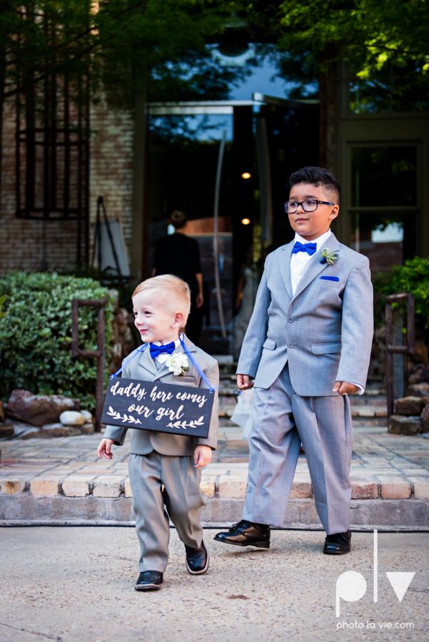 alyssa adam schroeder wedding mckinny cotton mill dfw texas outdoors summer wedding married pink dress vines walls blue lights Sarah Whittaker Photo La Vie-29.JPG