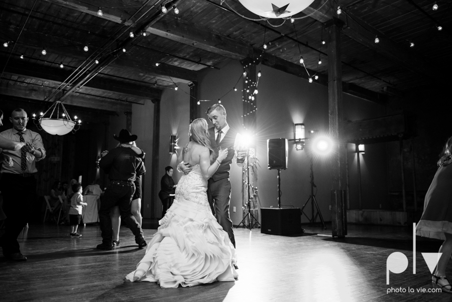 alyssa adam schroeder wedding mckinny cotton mill dfw texas outdoors summer wedding married pink dress vines walls blue lights Sarah Whittaker Photo La Vie-54.JPG