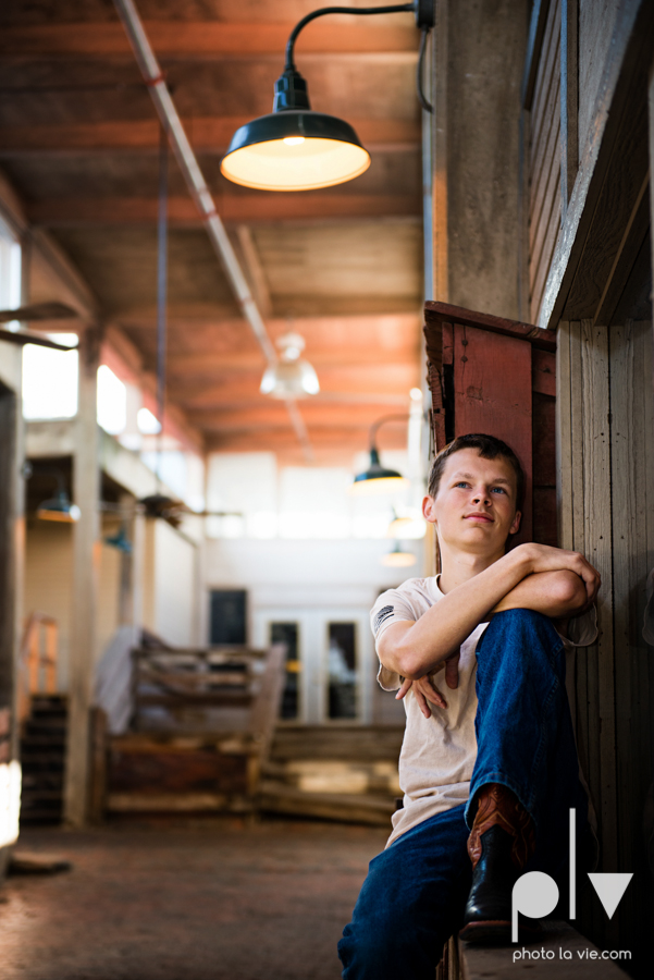 keith brothers senior portrait downtown fort worth ft worth texas tx sundance square stockyards dfw boy guy male suit boots high school business Sarah Whittaker Photo La Vie-12.JPG