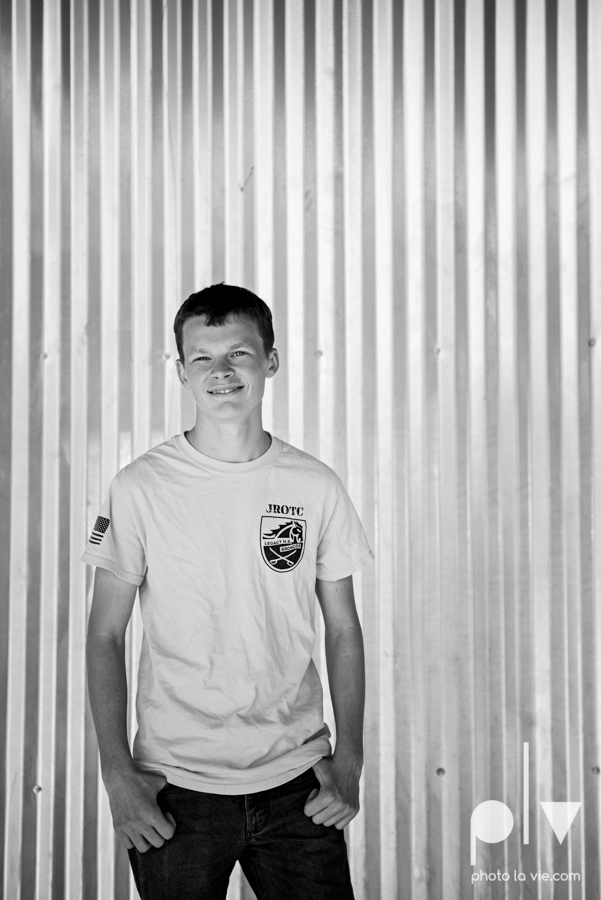 keith brothers senior portrait downtown fort worth ft worth texas tx sundance square stockyards dfw boy guy male suit boots high school business Sarah Whittaker Photo La Vie-13.JPG
