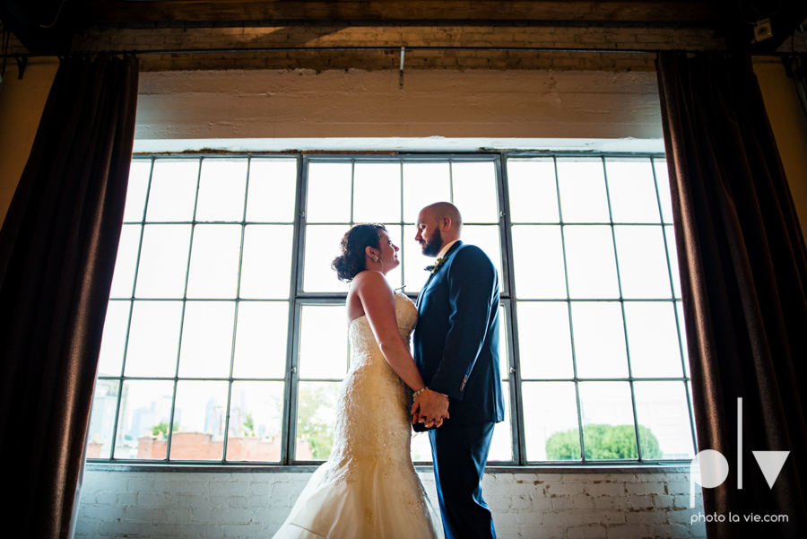potts wedding hickory street annex dallas texas tx bride groom couple floral blues fabulous lighting donuts cake Tara Todd Sarah Whittaker Photo La Vie-19.JPG