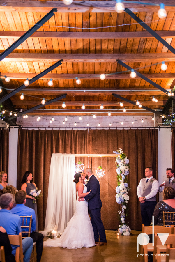 potts wedding hickory street annex dallas texas tx bride groom couple floral blues fabulous lighting donuts cake Tara Todd Sarah Whittaker Photo La Vie-29.JPG