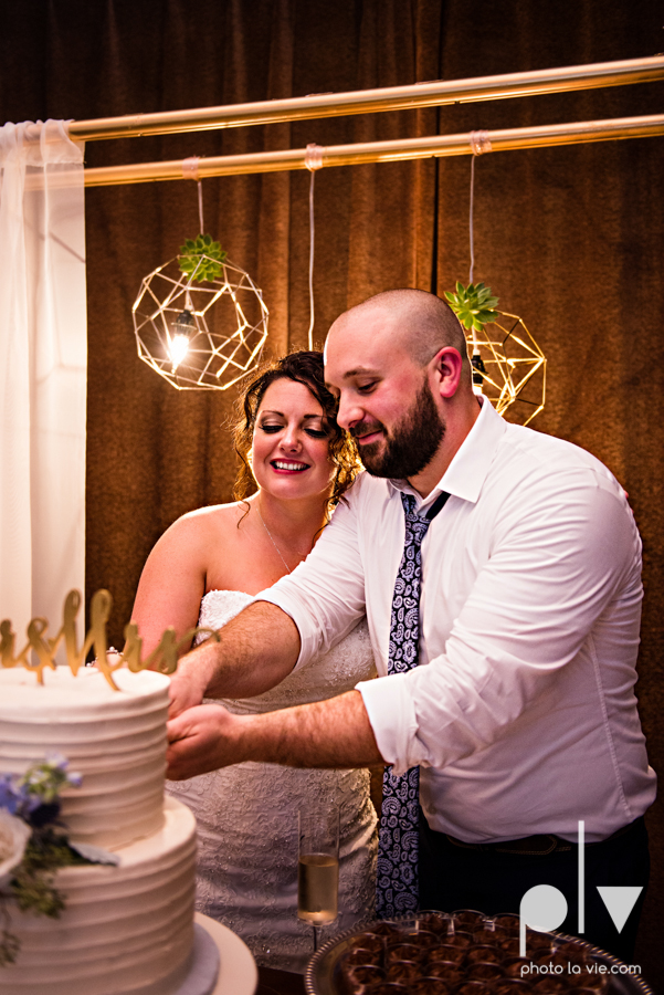 potts wedding hickory street annex dallas texas tx bride groom couple floral blues fabulous lighting donuts cake Tara Todd Sarah Whittaker Photo La Vie-45.JPG