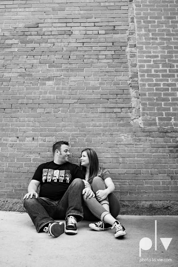 Kristin Trevor engagement blog bishop arts dallas bridge pedestrian floral couple engaged wedding DFW texas Sarah Whittaker Photo La Vie-6.JPG