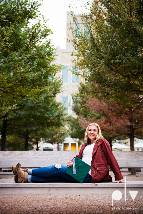 Senior session downtown fort worth water gardens DFW texas flute band urban skyrise sundance square philip johnson fall autumn Sarah Whittaker Photo La Vie-5.JPG