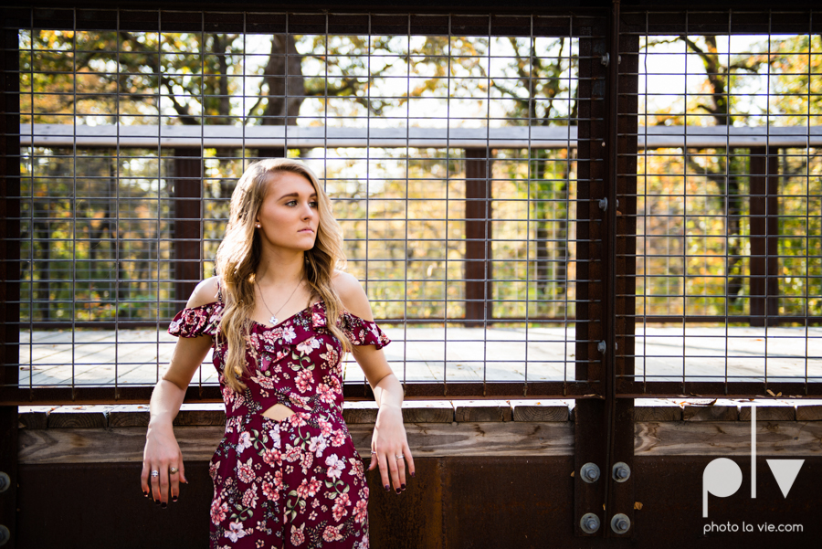 senior session fall golden hour high school back lit bridge boots downtown mansfield texas oliver nature park autumn summer vibes Sarah Whittaker Photo La Vie-18.JPG