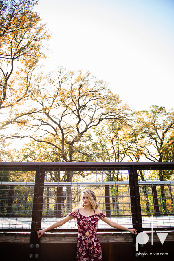 senior session fall golden hour high school back lit bridge boots downtown mansfield texas oliver nature park autumn summer vibes Sarah Whittaker Photo La Vie-20.JPG