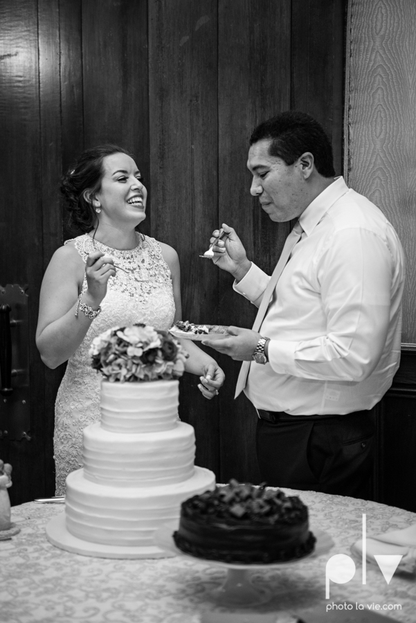 wedding photography dallas texas university of dallas irving las colinas country club mariachi Sarah Whittaker Photo La Vie-44.JPG