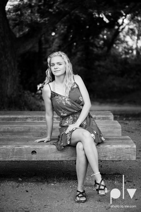 mansfield texas senior portrait session oliver nature park summer high school girl blonde photographer texas sarah whittaker photo la vie-1.JPG