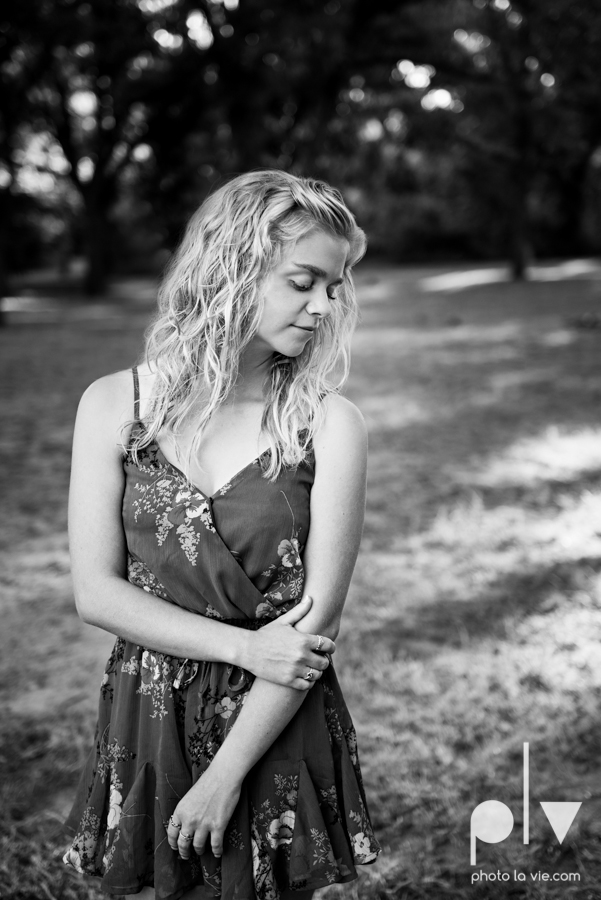 mansfield texas senior portrait session oliver nature park summer high school girl blonde photographer texas sarah whittaker photo la vie-4.JPG