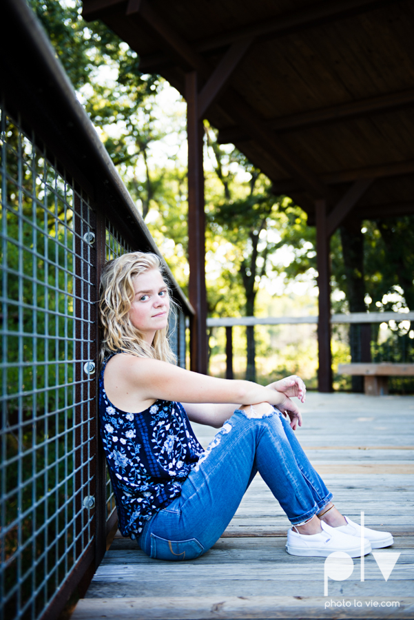 mansfield texas senior portrait session oliver nature park summer high school girl blonde photographer texas sarah whittaker photo la vie-11.JPG