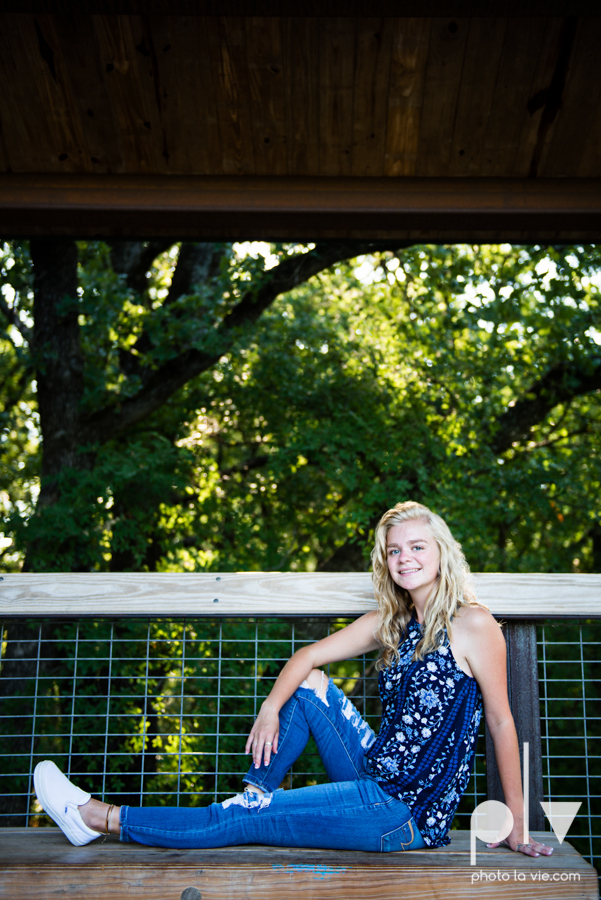 mansfield texas senior portrait session oliver nature park summer high school girl blonde photographer texas sarah whittaker photo la vie-14.JPG