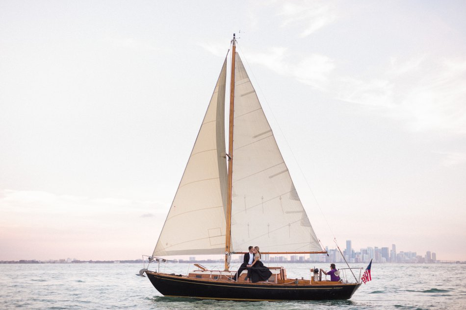 naples-luxury-sailing-engagement-photography-nautical-sailboat-engagement_1093.jpg