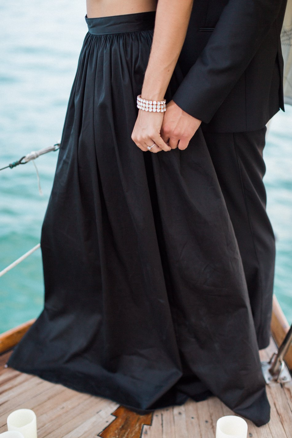 naples-luxury-sailing-engagement-photography-nautical-sailboat-engagement_1094.jpg