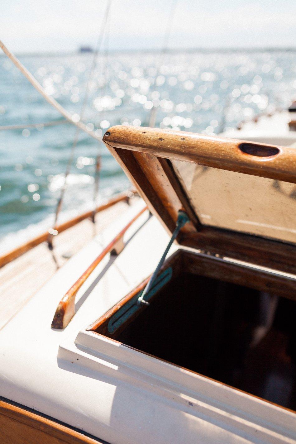 naples-luxury-sailing-engagement-photography-nautical-sailboat-engagement_1104.jpg