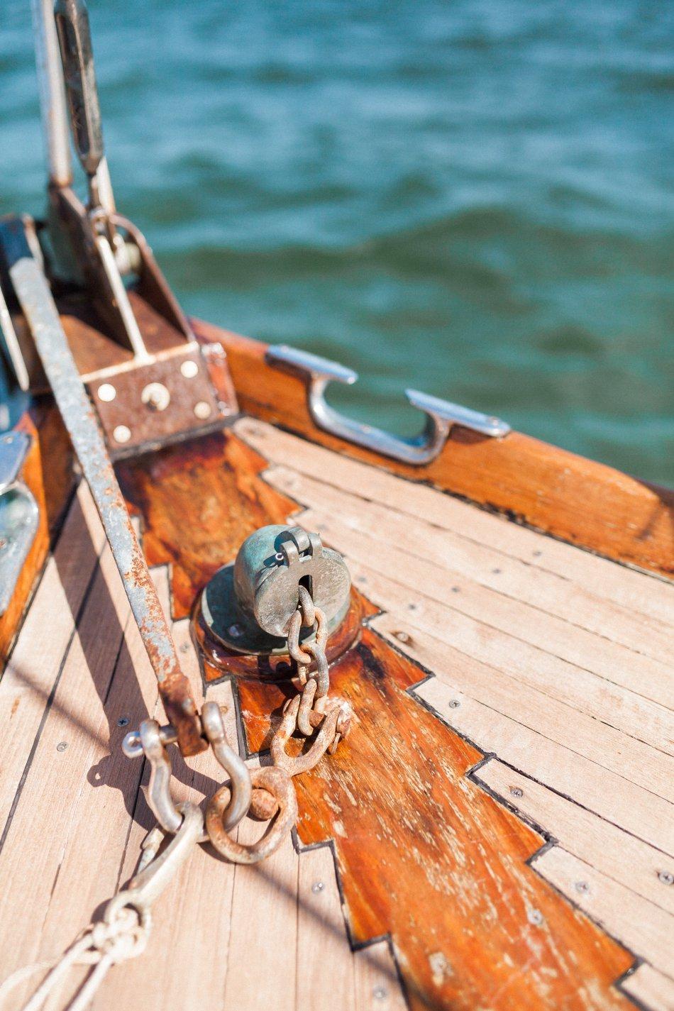 naples-luxury-sailing-engagement-photography-nautical-sailboat-engagement_1105.jpg