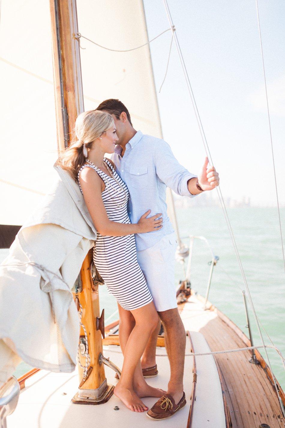 naples-luxury-sailing-engagement-photography-nautical-sailboat-engagement_1039.jpg