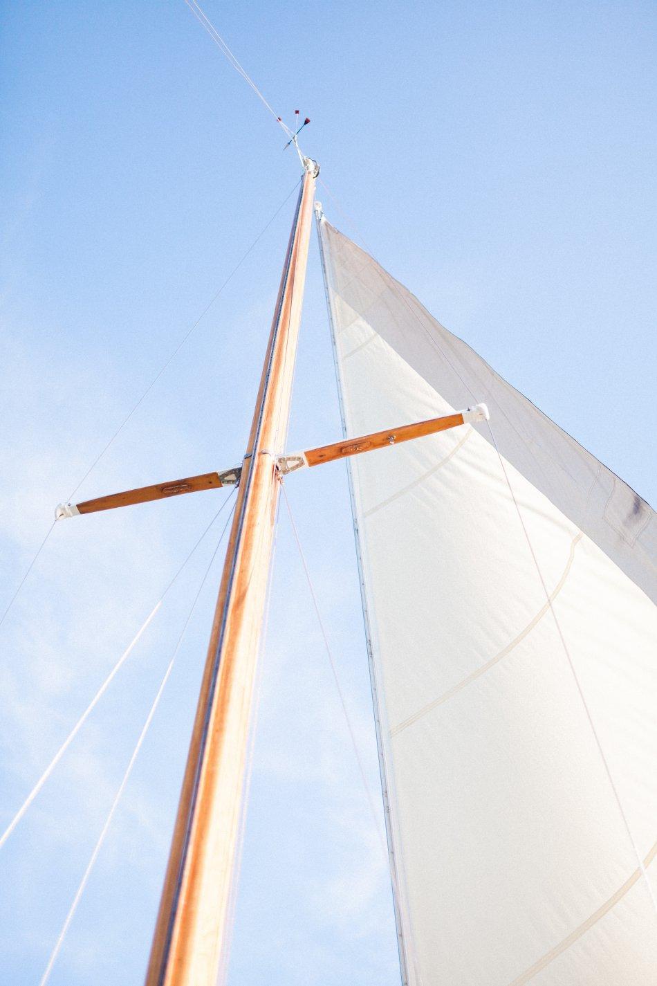 naples-luxury-sailing-engagement-photography-nautical-sailboat-engagement_1044.jpg