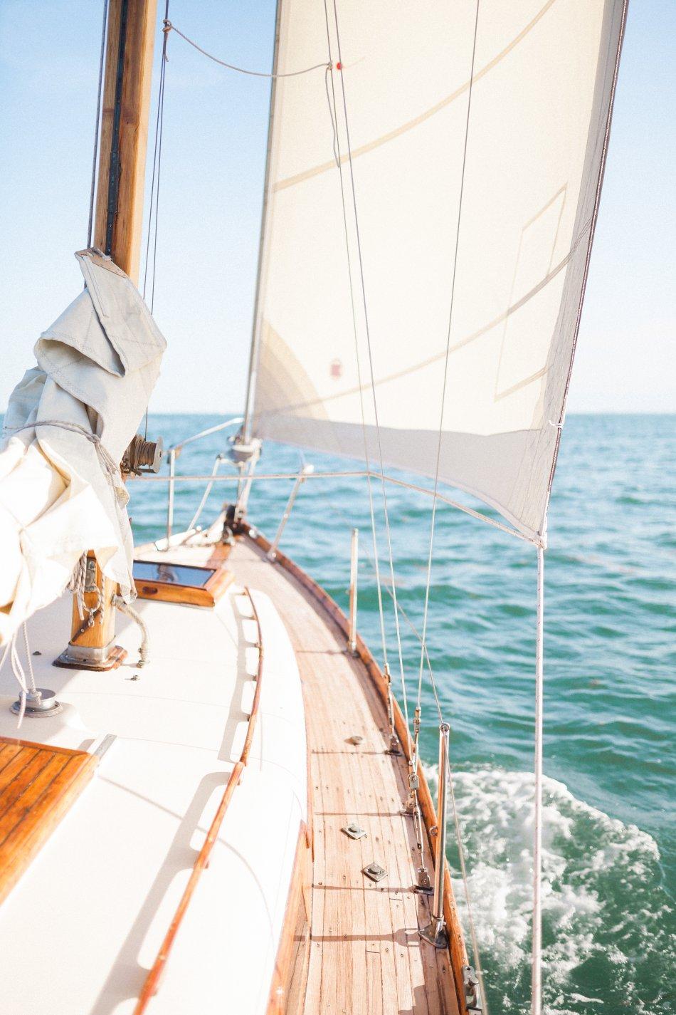 naples-luxury-sailing-engagement-photography-nautical-sailboat-engagement_1045.jpg
