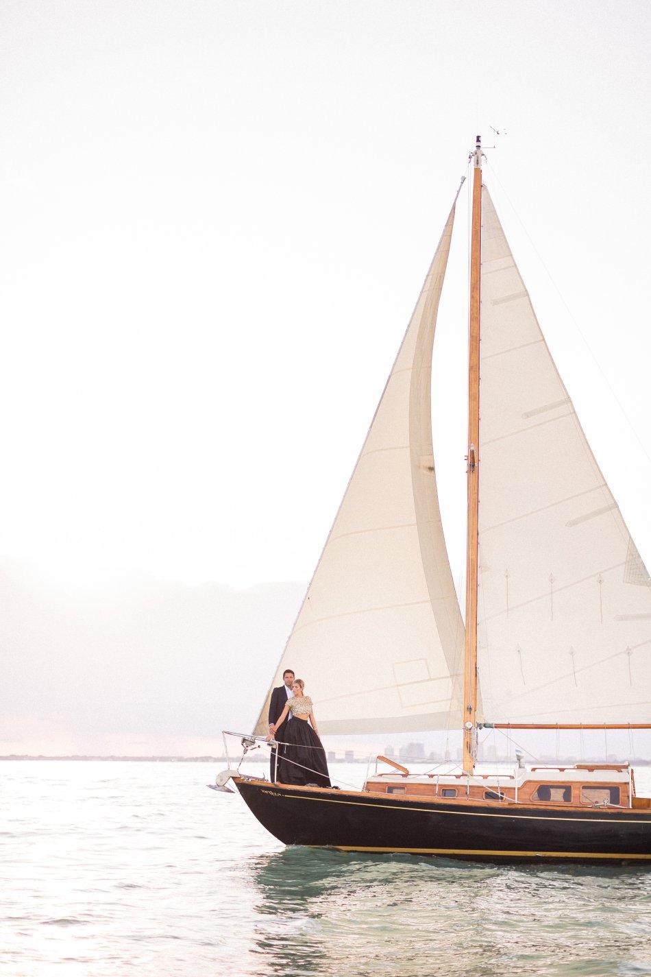 naples-luxury-sailing-engagement-photography-nautical-sailboat-engagement_1088.jpg