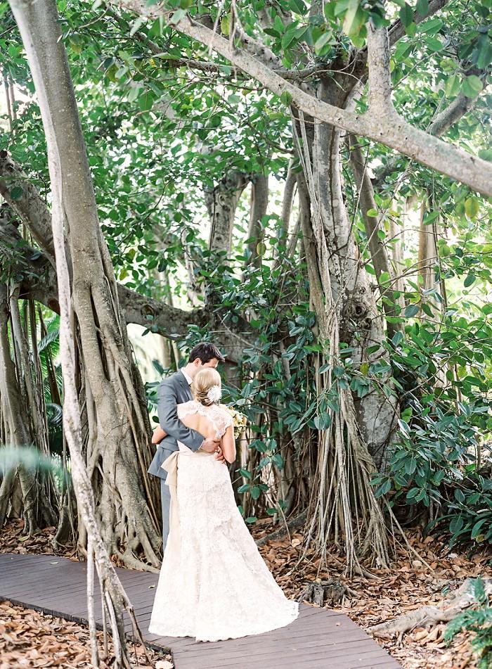 marie-selby-botanical-garden-sarasota-film-wedding-photography-007.jpg