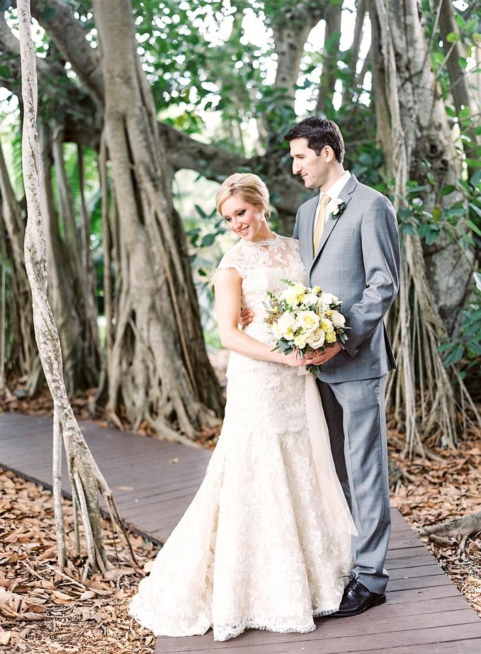 marie-selby-botanical-garden-sarasota-film-wedding-photography-010.jpg