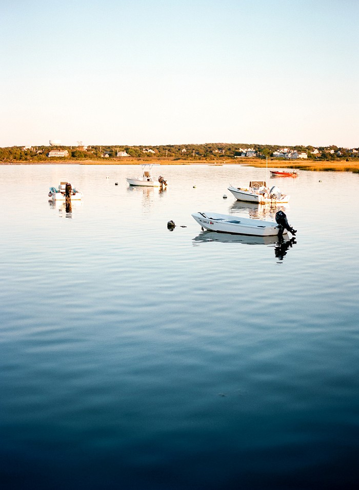 great-harbour-yacht-club-nantucket-wedding-cody-hunter-photography-97510015.jpg