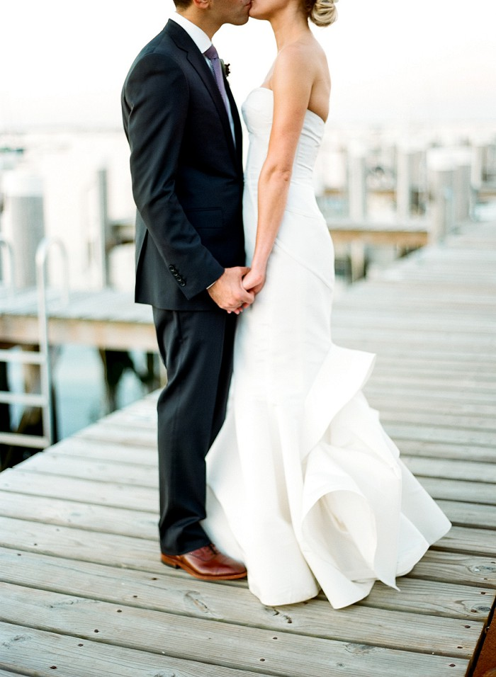 great-harbour-yacht-club-nantucket-wedding-cody-hunter-photography-97520016.jpg