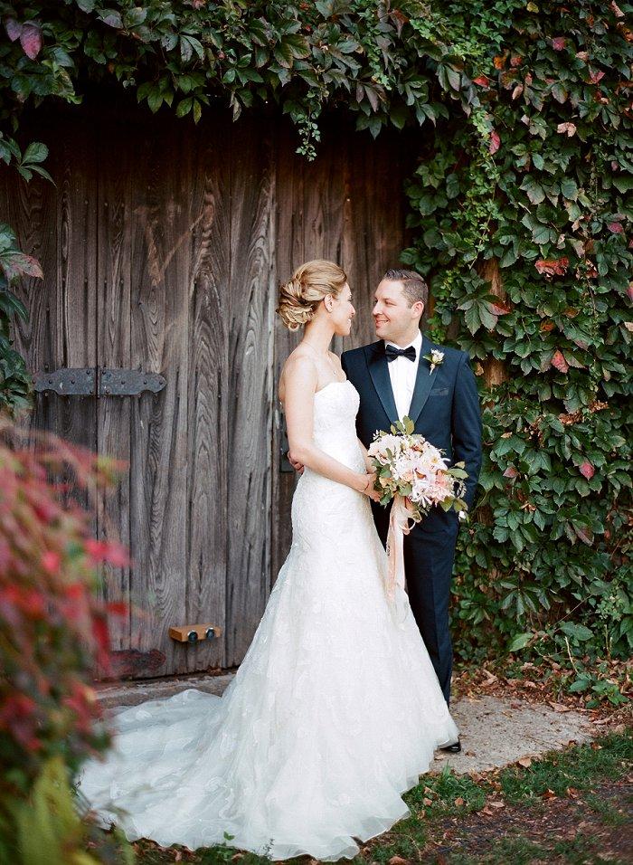 blue-hill-stone-barns-new-york-destination-film-wedding-photography-55990008.jpg