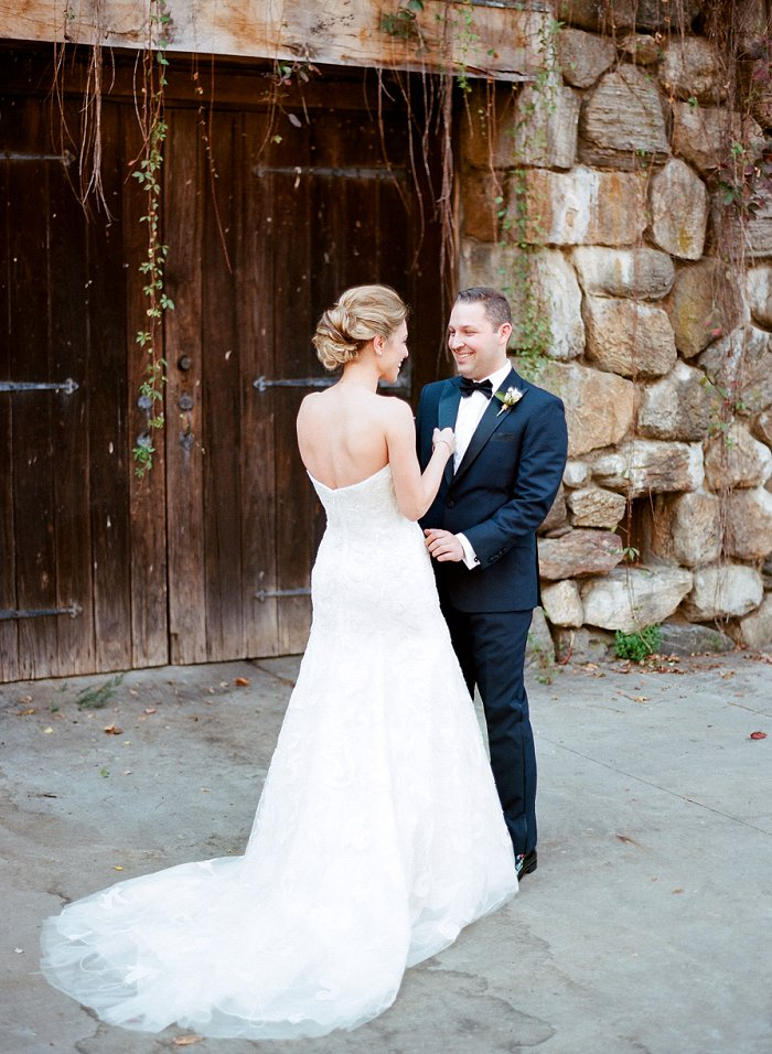 blue-hill-stone-barns-new-york-destination-film-wedding-photography-56070006.jpg
