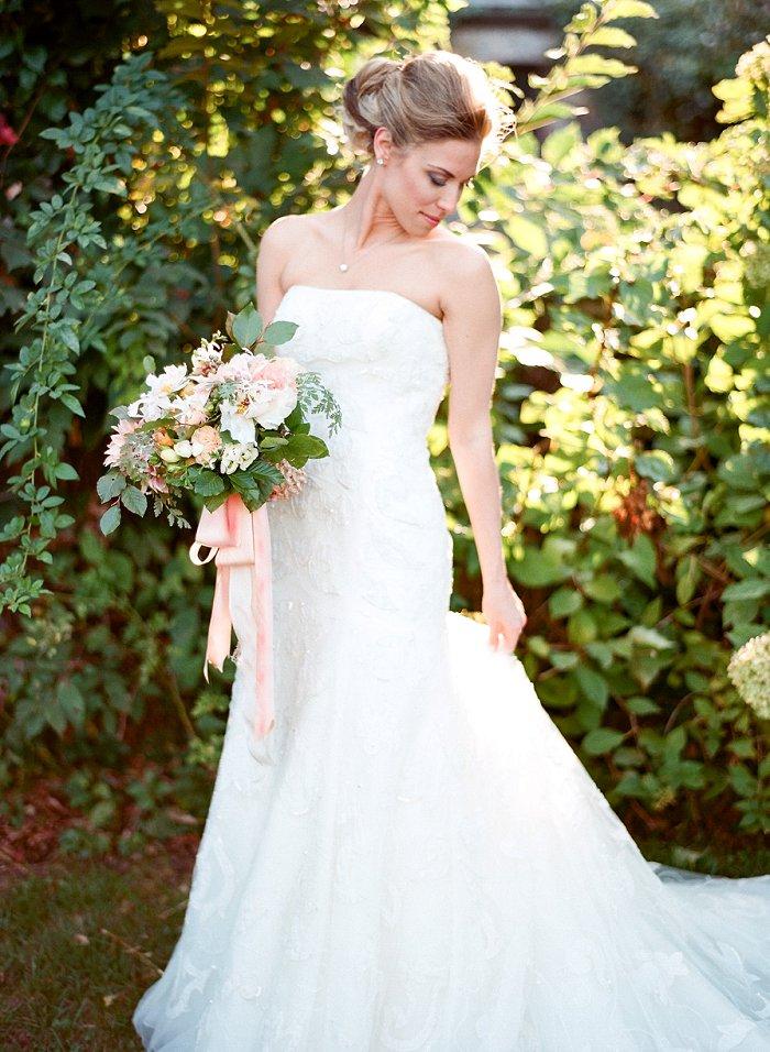 blue-hill-stone-barns-new-york-destination-film-wedding-photography-56100015.jpg