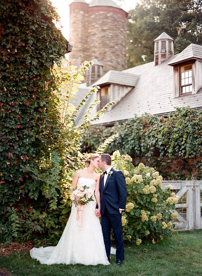 blue-hill-stone-barns-new-york-destination-film-wedding-photography-56120014.jpg