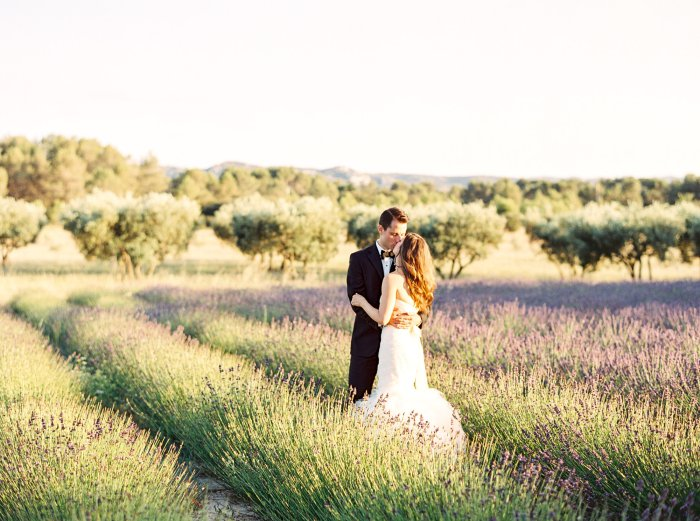 mas-de-la-rose-provence-france-destination-film-wedding-photographer-4604_05.jpg